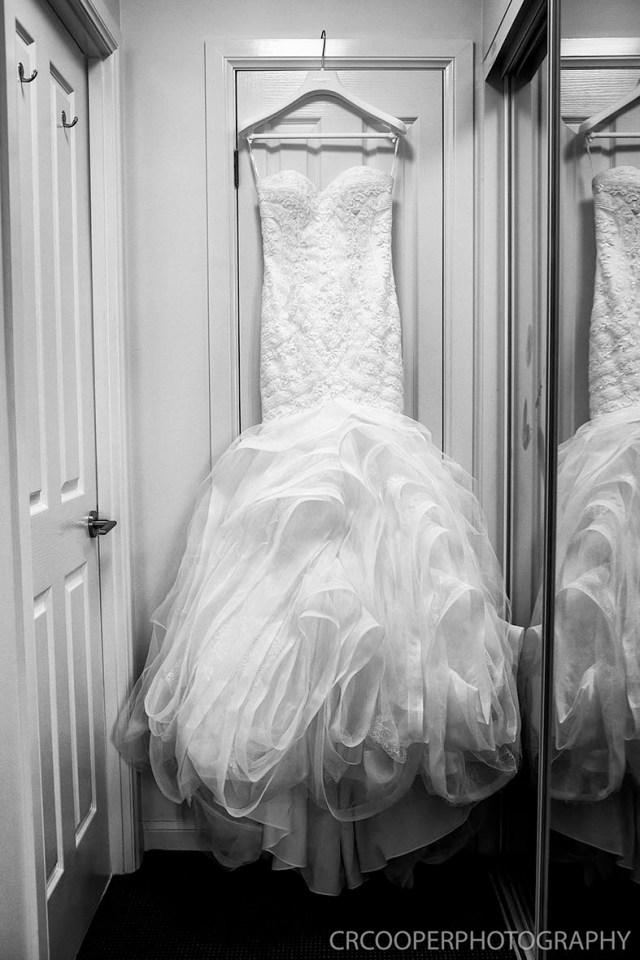Dani & Nick-Bride-LowRes-CrcooperPhotography-01